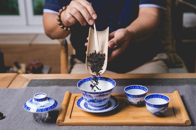 Jogo de chá chinês Foto gratuita
