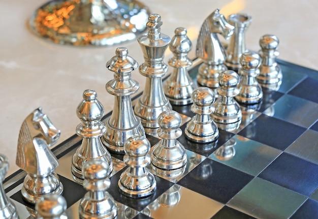Jogo de xadrez, conceito líder Foto Premium
