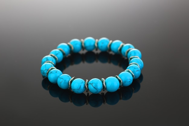 Jóias bijuteria pulseira feitas Foto Premium