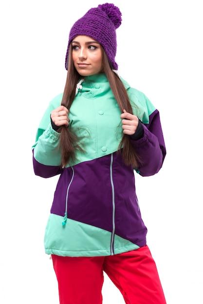 Jovem, bonito, mulher, em, roxo, casaco esqui Foto Premium