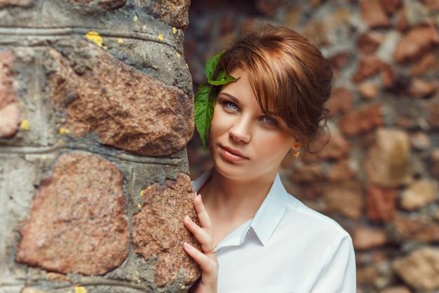 Jovem, mulher sorridente Foto Premium
