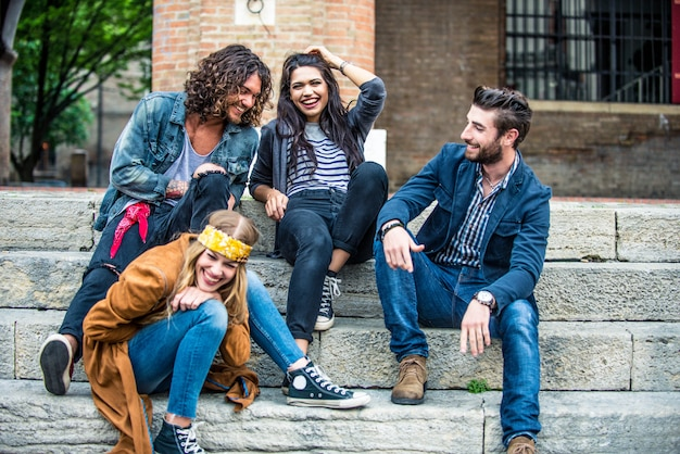 Jovens adultos ao ar livre Foto Premium
