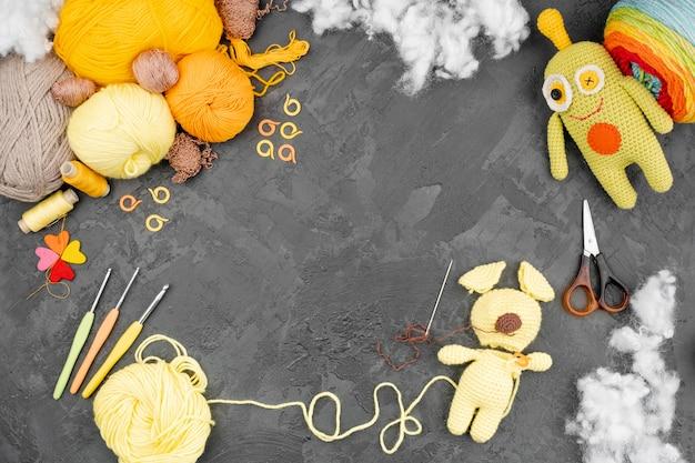 Lã colorida com espaço de cópia Foto gratuita