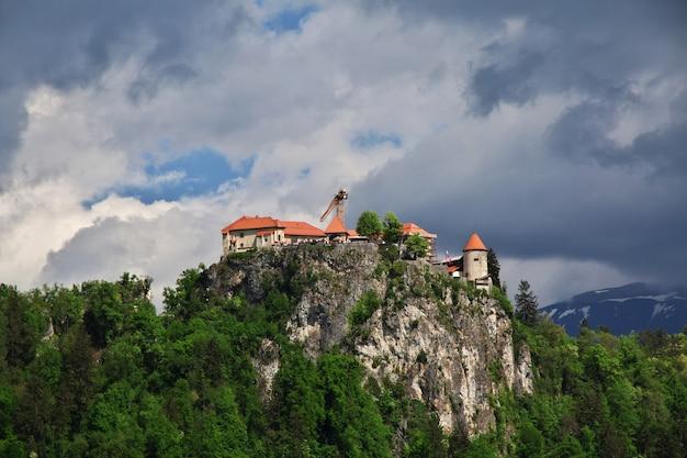 Lago bled nos alpes da eslovênia Foto Premium