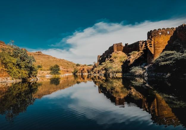 Lago em jodhpur rajasthan, índia Foto Premium