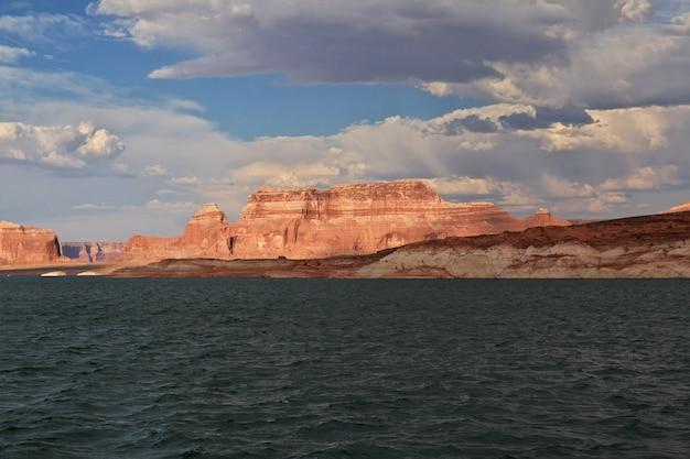 Lago powell no arizona, paige, eua Foto Premium