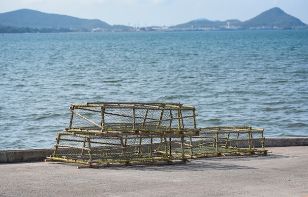 Lagosta, e, potenciômetros carangueijo, empilhado, rede de pesca, pegando Foto Premium