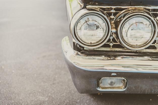 Lâmpada de farol do carro clássico vintage Foto gratuita