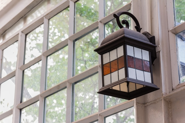 Lanternas no passeio na cidade Foto Premium