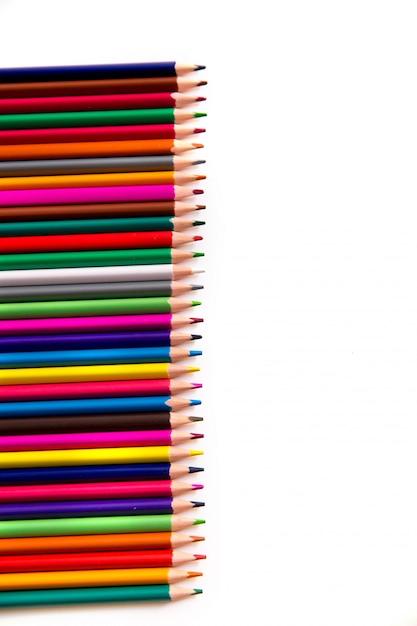 Lápis de cor, isolados no fundo branco Foto Premium