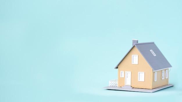 Lar doce lar. investimento empresarial para o fundo do conceito imobiliário. Foto Premium