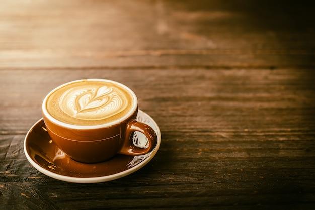 Latte, café, copo Foto gratuita