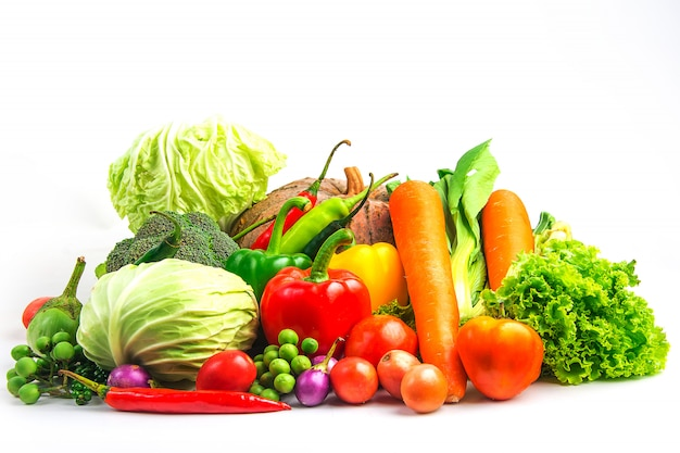 Legumes de coleção isolado fundo branco Foto Premium