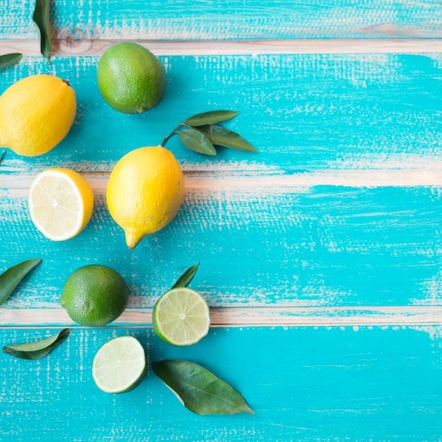 Limões e limas Foto gratuita