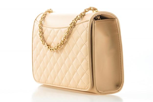 Linda elegância e bolsa de moda feminina de luxo Foto gratuita