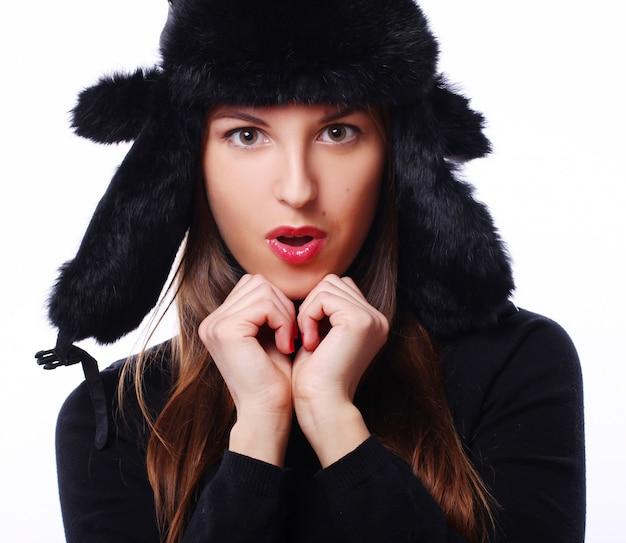 Linda mulher de chapéu Foto gratuita
