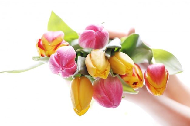 Lindo buquê de tulipas, tulipas coloridas, fundo de natureza Foto gratuita