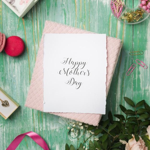 Lindo cartão feliz dia das mães Foto gratuita