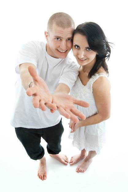 Lindo casal em branco Foto Premium