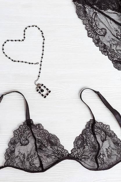Lindo sutiã de renda de seda para mulher. Foto Premium