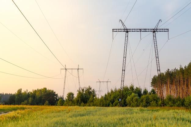 Linhas de energia Foto Premium