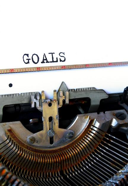 Lista de objetivos de 2018 com notebook Foto Premium
