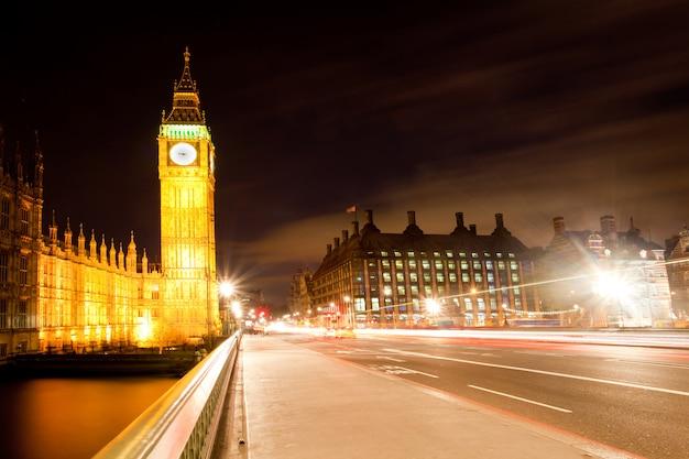 Londres big ben da ponte de westminster Foto Premium
