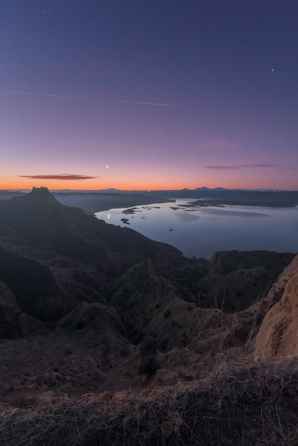 Lua das montanhas Foto Premium