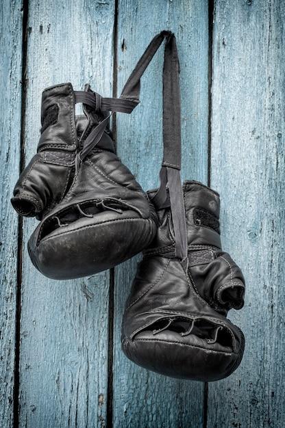 Luvas de couro pretas para kickboxing Foto Premium