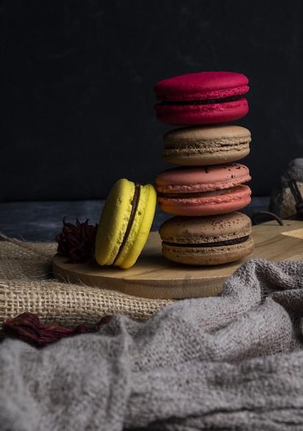 Macaroon colorido delicioso Foto gratuita