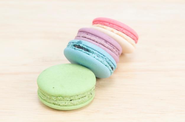 Macaroons franceses doces e coloridos Foto Premium