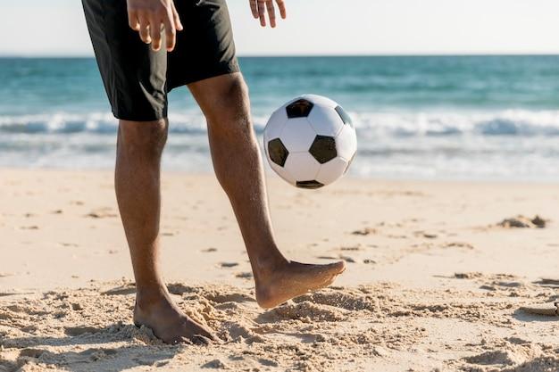Macho, lançar bola, jogo jogando, ligado, praia Foto gratuita
