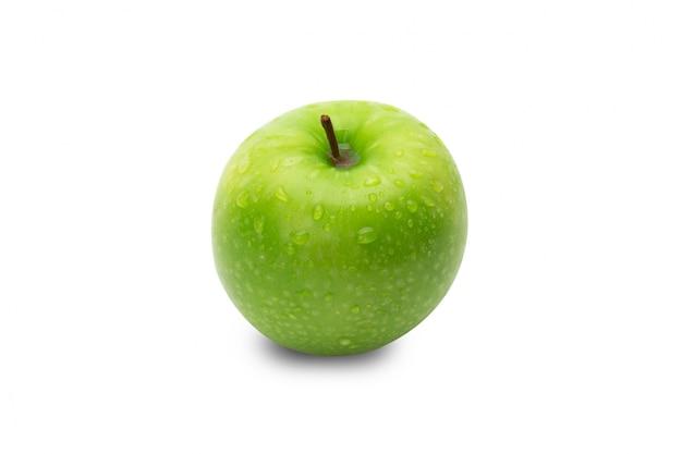 Maduras maçãs verdes inteiras isoladas no branco com traçado de recorte Foto Premium