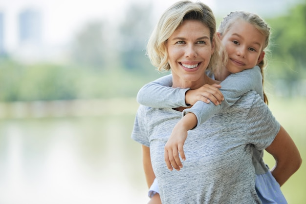 Mãe e filha Foto gratuita