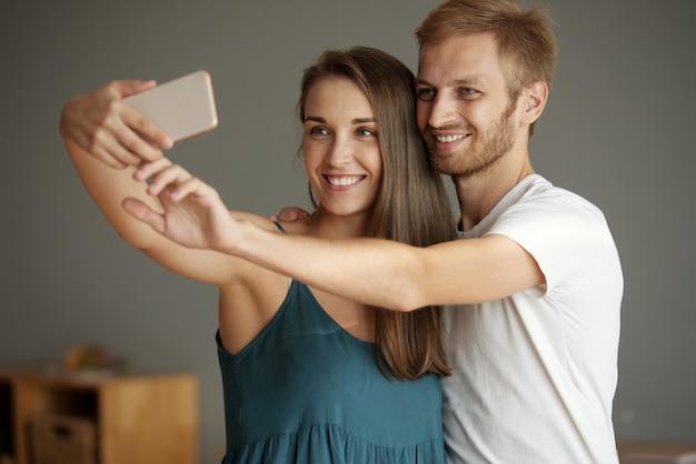 Mais uma selfie junto Foto gratuita