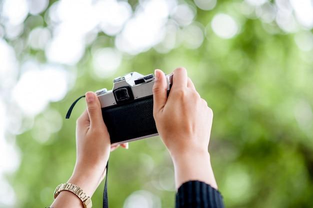 Mão e tiros de câmera Foto Premium