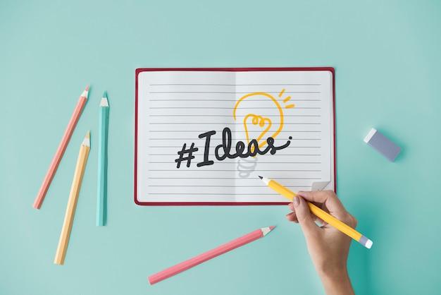 Mão, escrita, hashtag, idéias, ligado, um, caderno Foto Premium