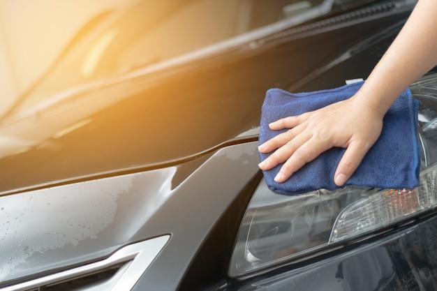 Mão humana, mostrando, limpeza, car Foto Premium