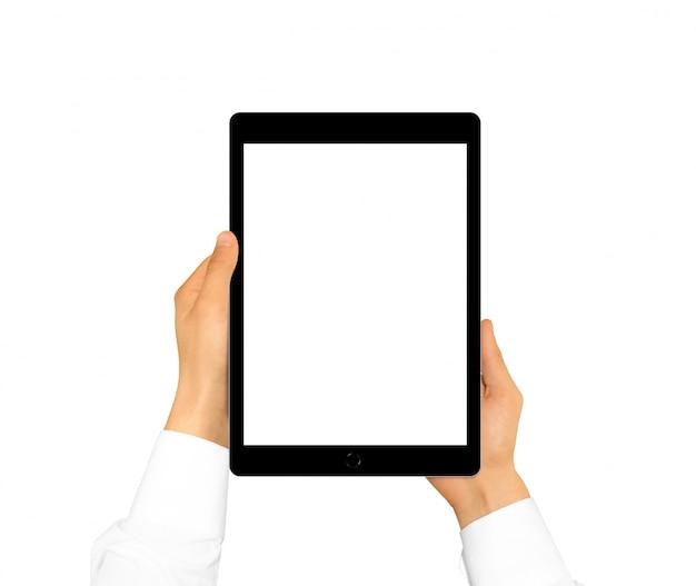 Mão segurando o tablet em branco simulado isolado. Foto Premium