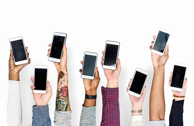 Mão, segurando, telefones móveis, isolado Foto Premium