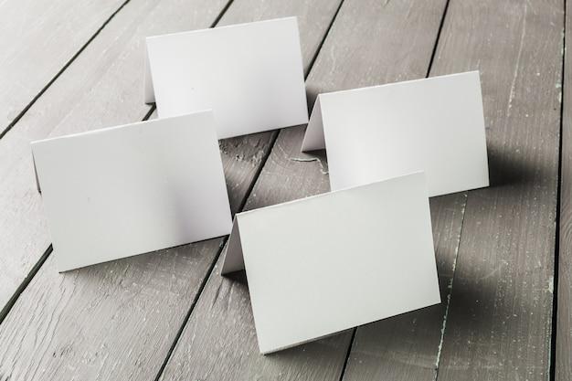 Maquete em branco de cartões de visita Foto Premium