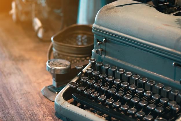 Máquina de escrever antiga Foto Premium