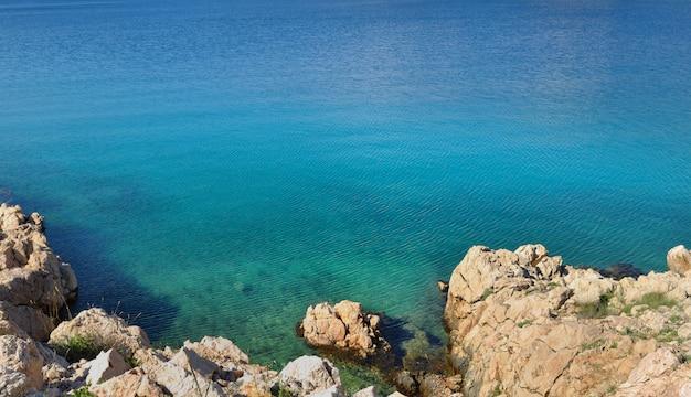 Mar azul lindo Foto Premium