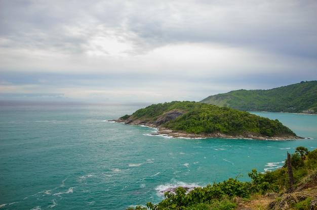 Mar azul-turquesa Foto Premium