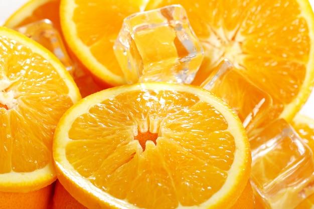 Marco de laranjas frescas Foto gratuita