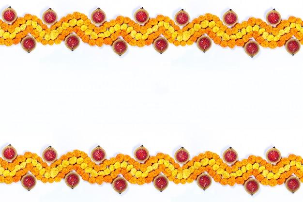 Marigold flower rangoli design para festival de diwali, indian festival decoração de flores Foto Premium