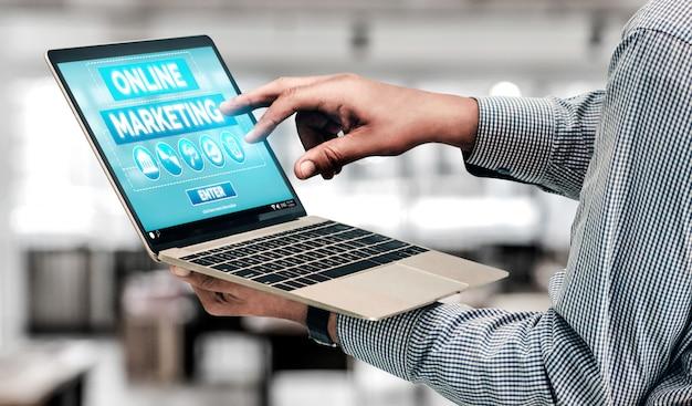 Marketing do conceito de negócios de tecnologia digital Foto Premium