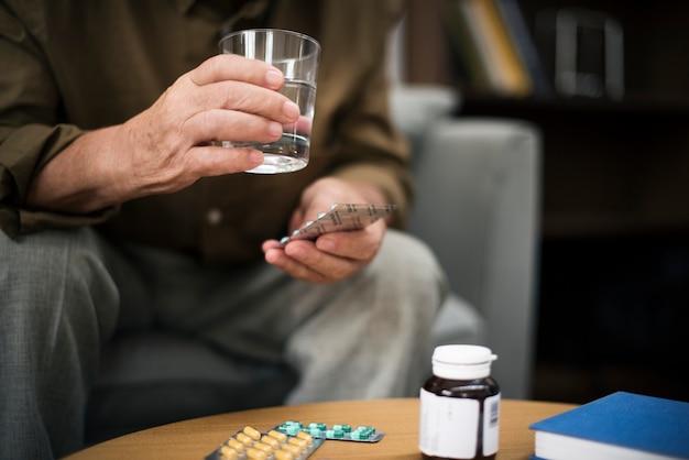 Medicamentos drogas farmacêuticas tratamento Foto gratuita
