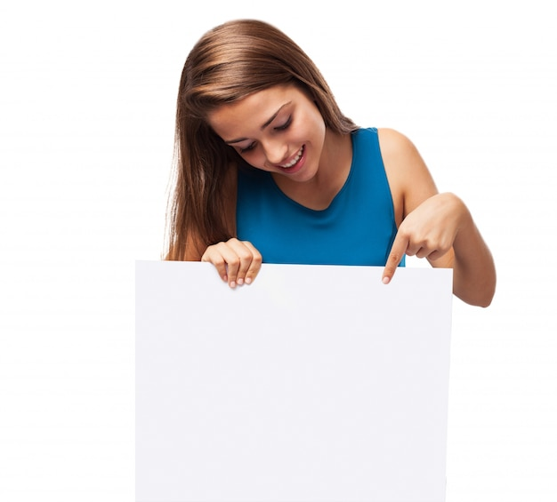 Menina, segurando um cartaz Foto gratuita