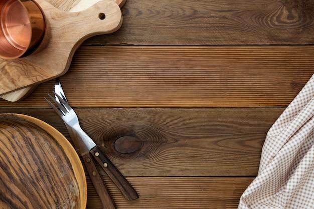 Mesa de cozinha de madeira simulada acima. copie o espaço, menu, receita ou conceito de dieta. Foto Premium